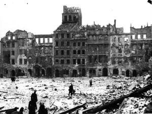 Warschauer Marktplatz 1944
